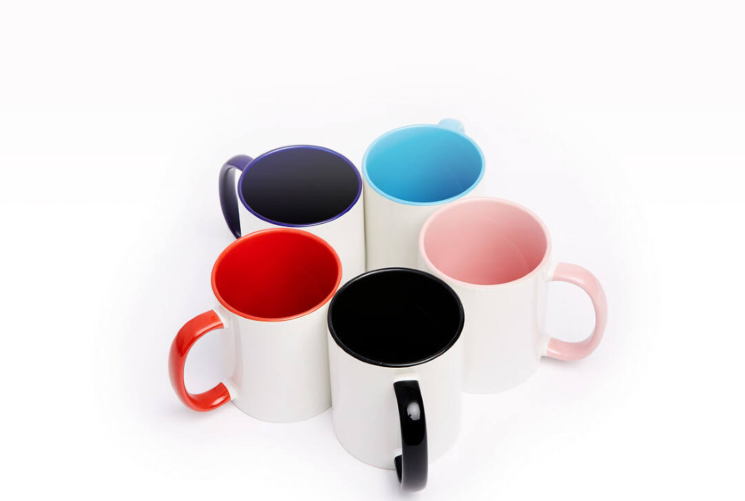 Not only can you customize the design on your photo mug, you can also pick a vibrant colored rim to make your custom mug stand out even more. Choose from light blue, pink, dark blue, black, or red colored rims for a small additional charge.